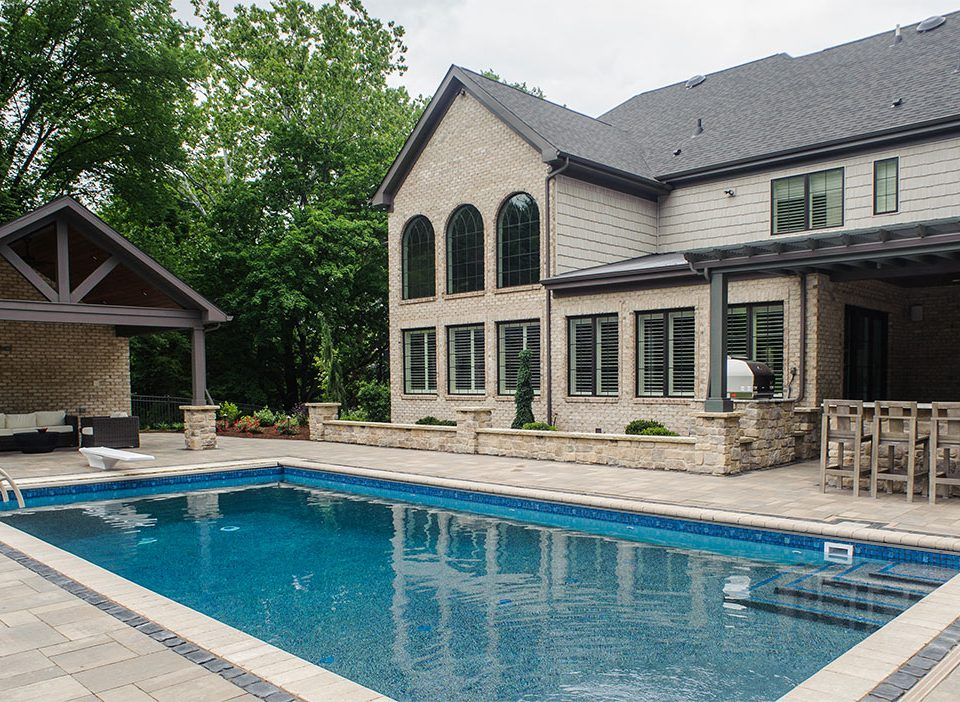 Custom Pool and Outdoor Living