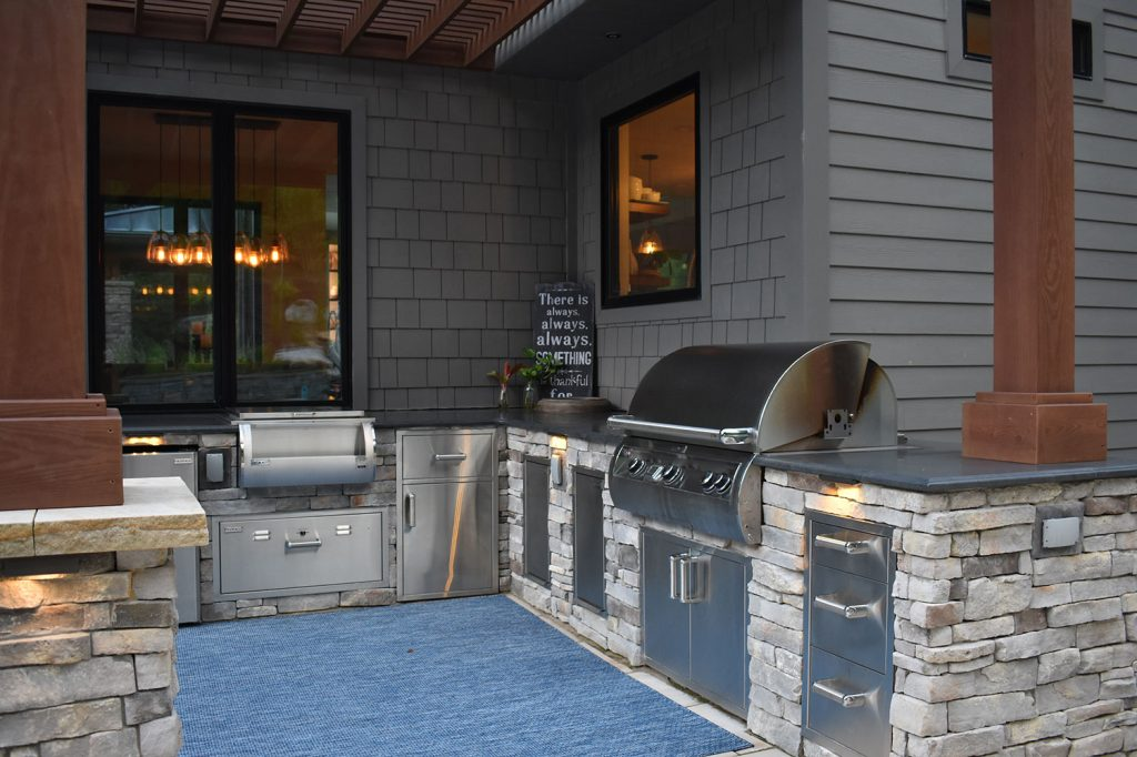 Outdoor Kitchen in Moon Township