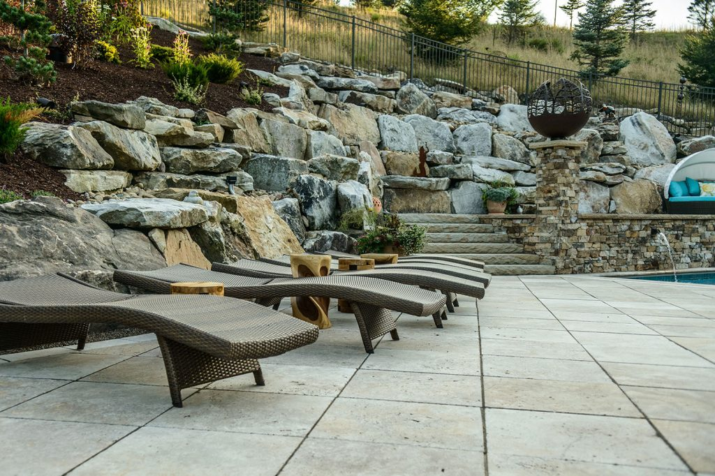 Pavers and Boulders in Gibsonia